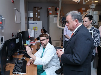 Commissioner David A. Wright of the U.S. Nuclear Regulatory Commissions visits the Ex-Vivo Lab